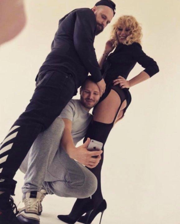 ea3725b6acb Simona Krainová tváří nové kolekce sexy prádla! • Celebrity   inStory.cz