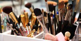 Jak si vyrobit praktický organizér na kosmetiku