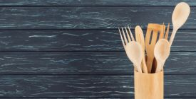 Kdy je čas zbavit se vařeček a prkének? Stačí jediný ukazatel