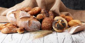 Je lepší tmavý chléb nebo celozrnná bulka? Naučte se rozeznat zdravější pečivo